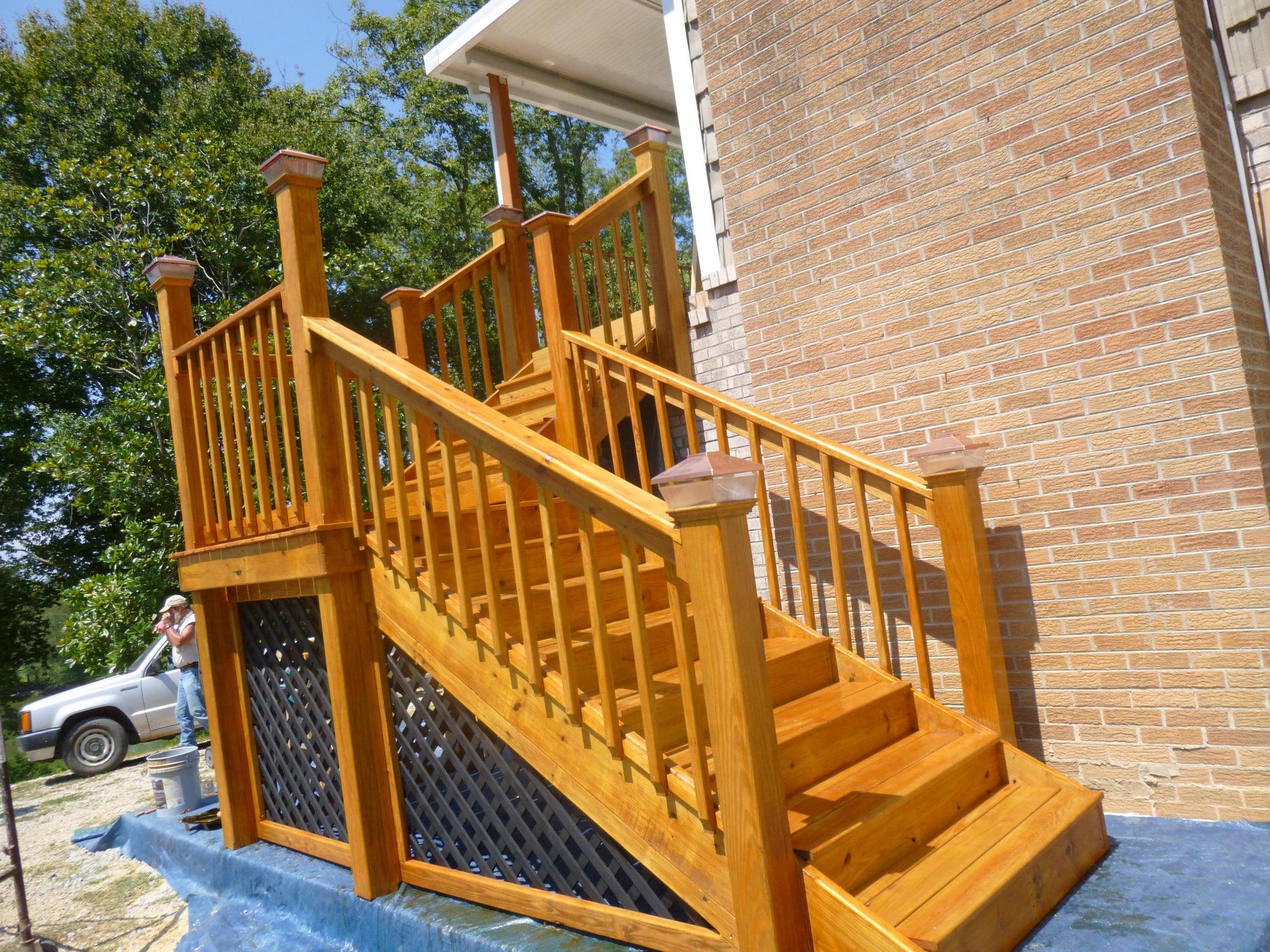 deck front Hen