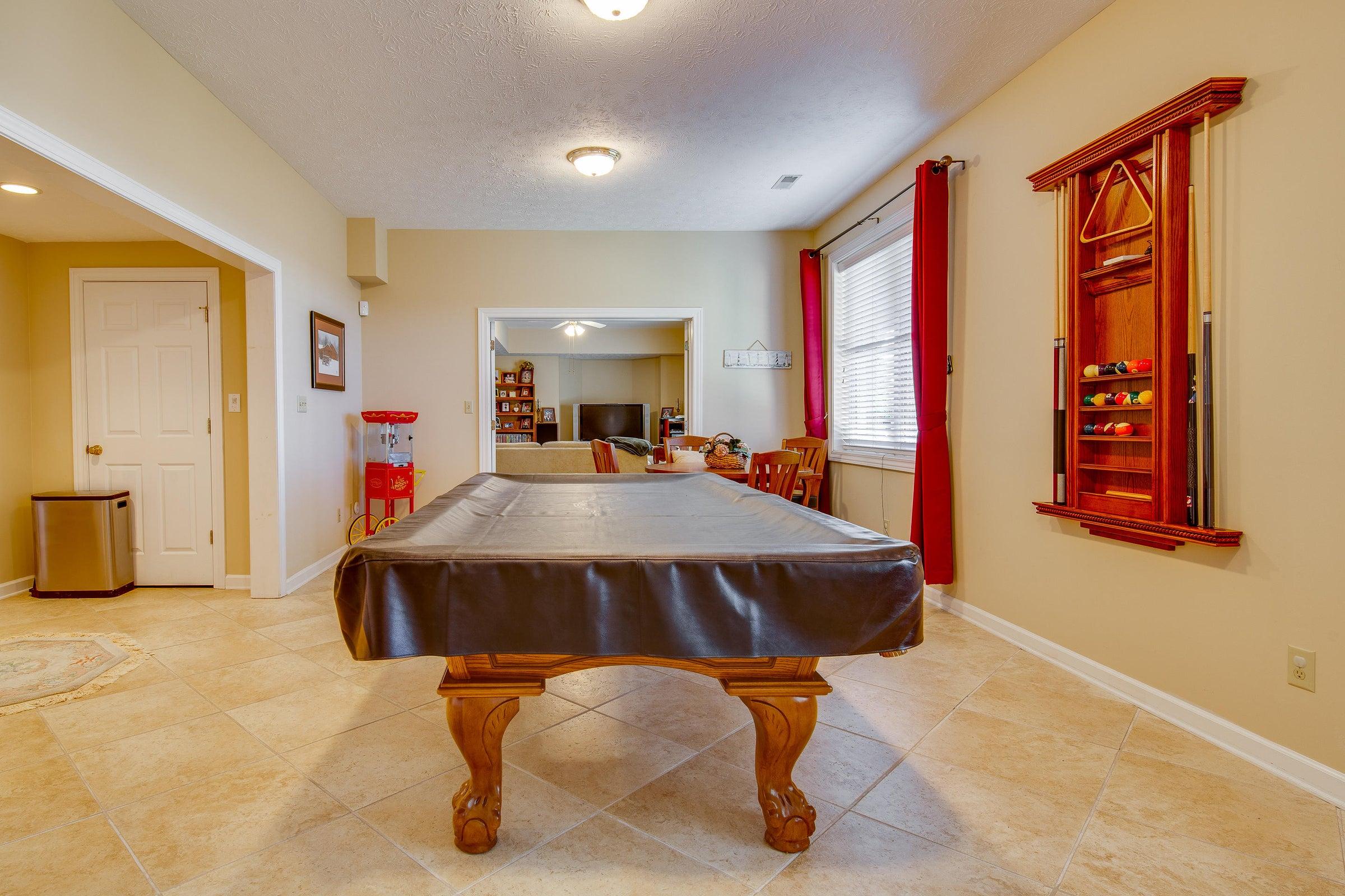 basement- pool table