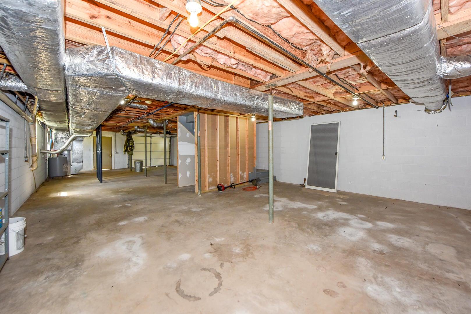 Walk out, unfinished basement