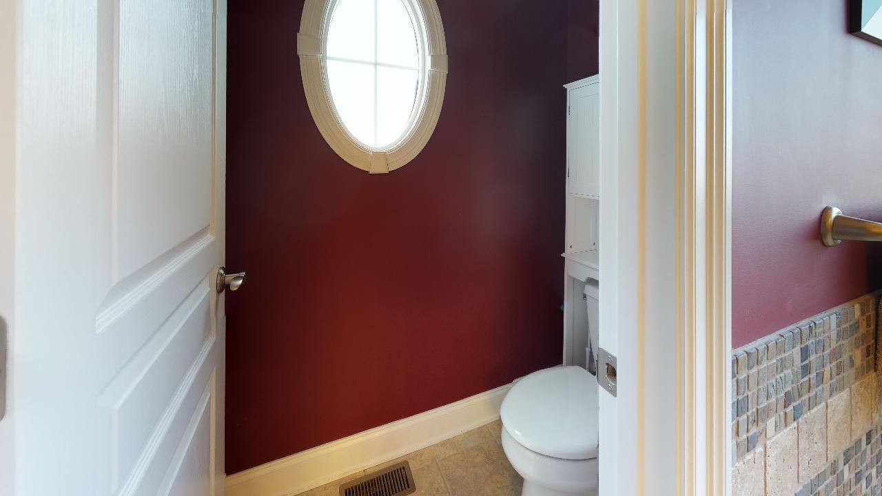 1718-Inverness-Dr-Bathroom(4)