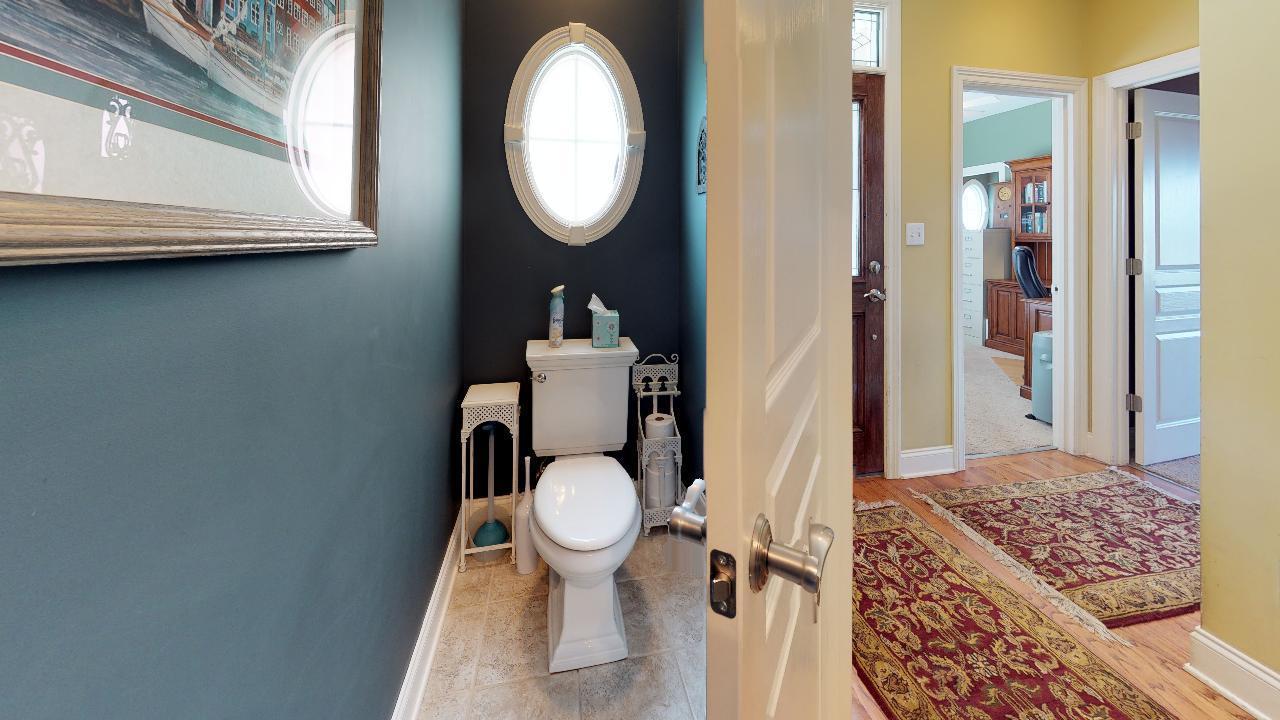 1718-Inverness-Dr-Bathroom(2)