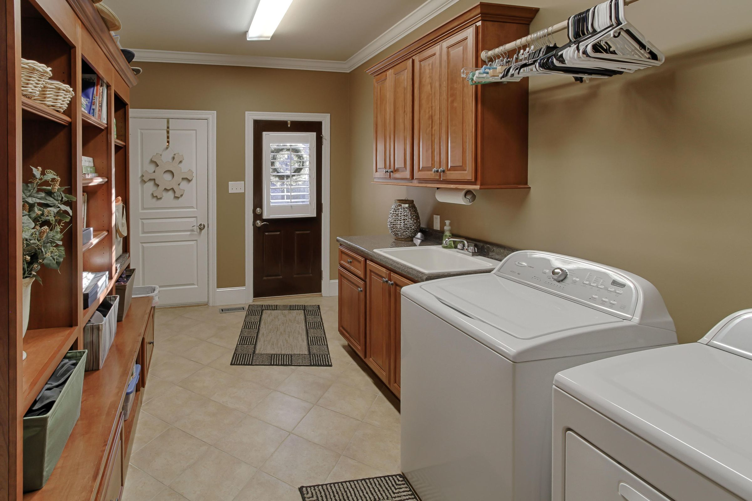 19 - Large Laundry Room with Sink & Stor