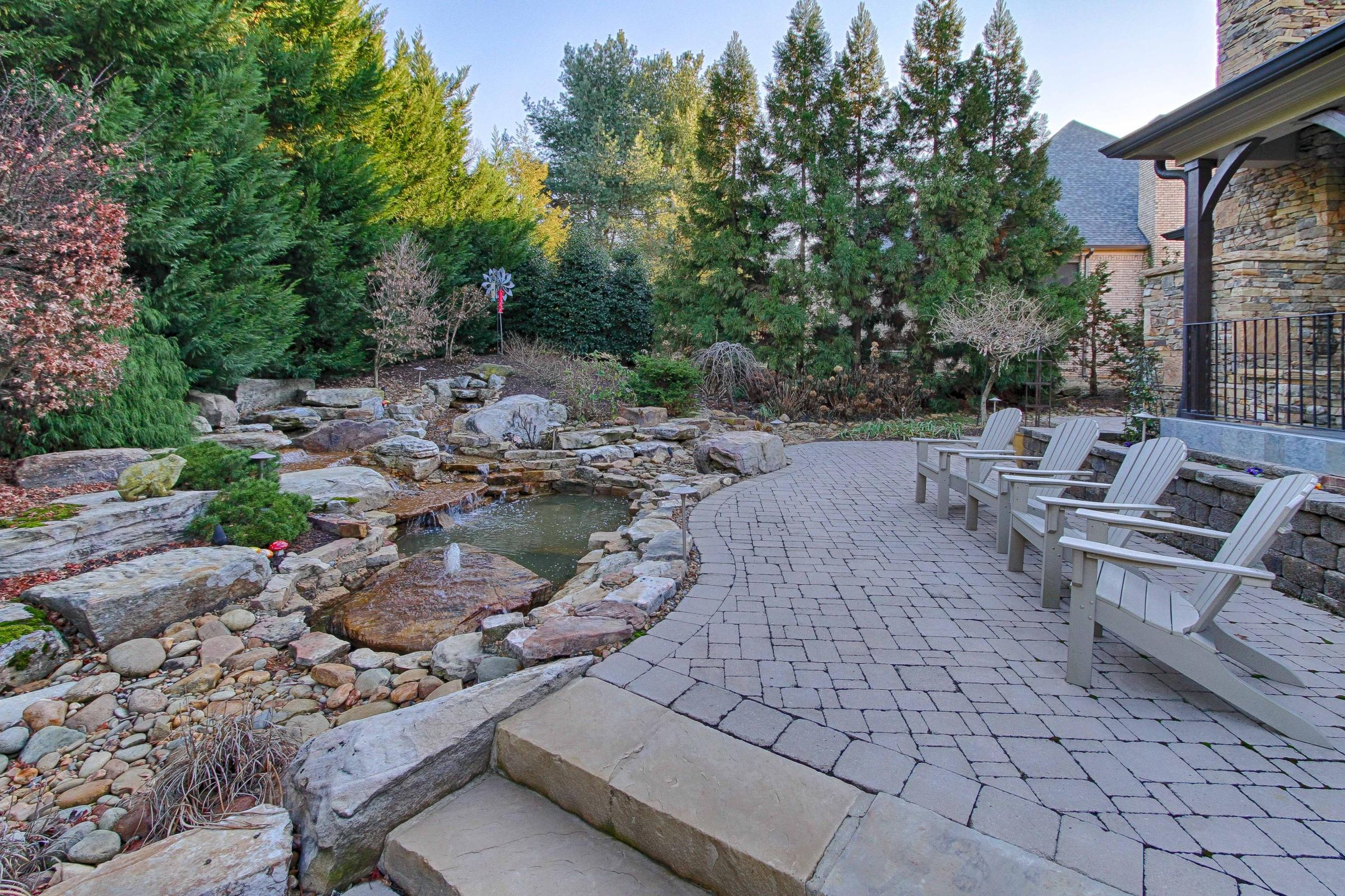 29 - Professionally Landscaped Back yard