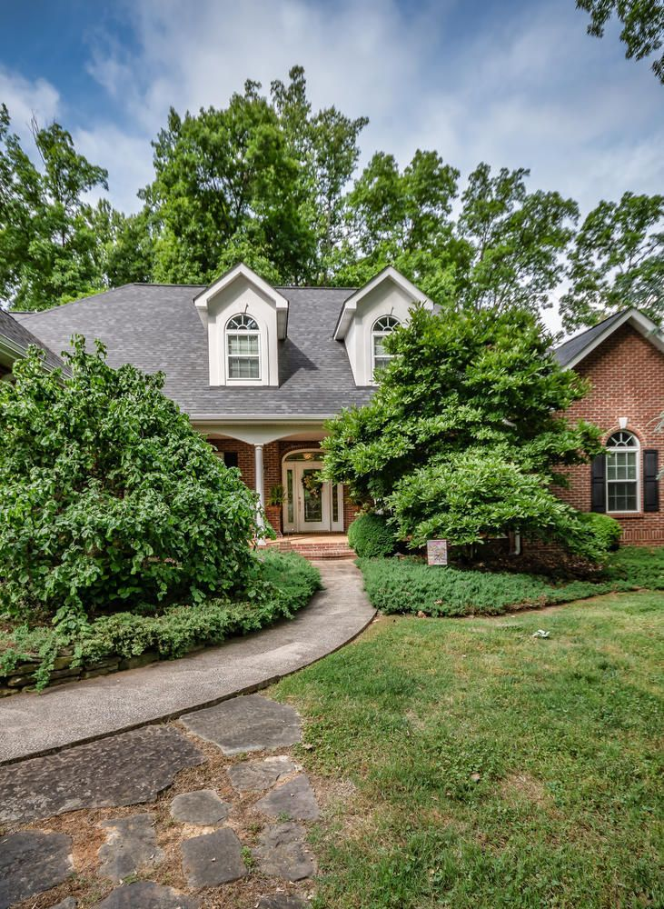 313 Wooded Ln Knoxville TN-large-003-4-F