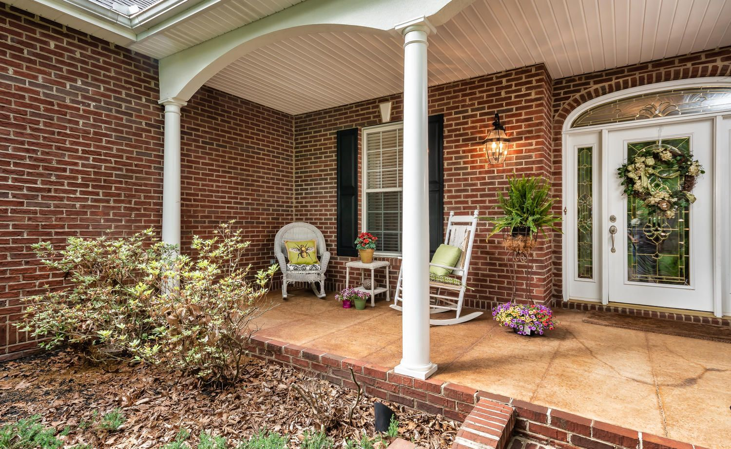 313 Wooded Ln Knoxville TN-large-008-13-