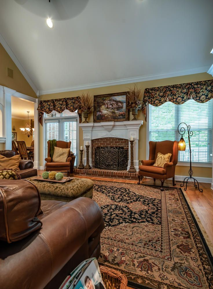 313 Wooded Ln Knoxville TN-large-014-7-F