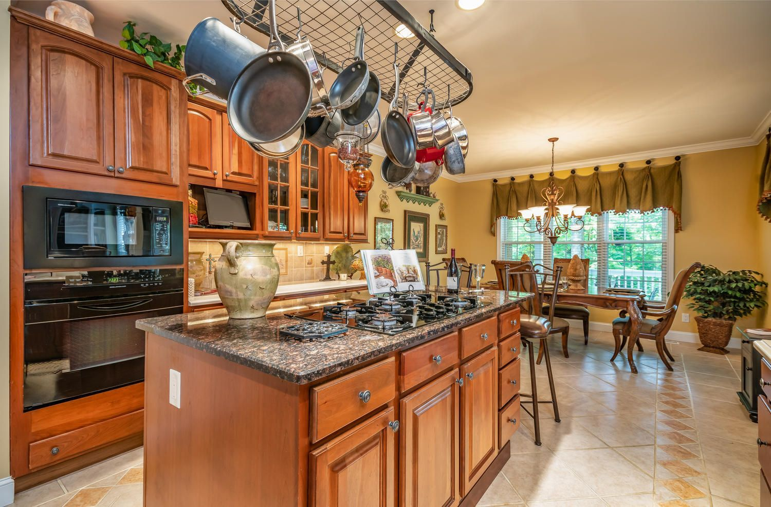313 Wooded Ln Knoxville TN-large-017-39-
