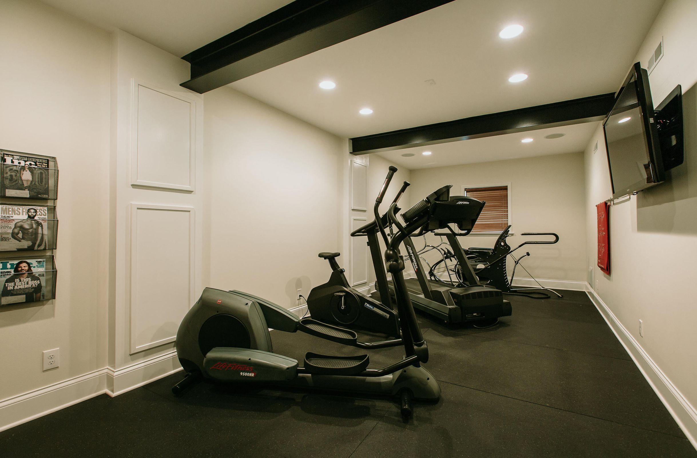 13fitnessroom-bedroom