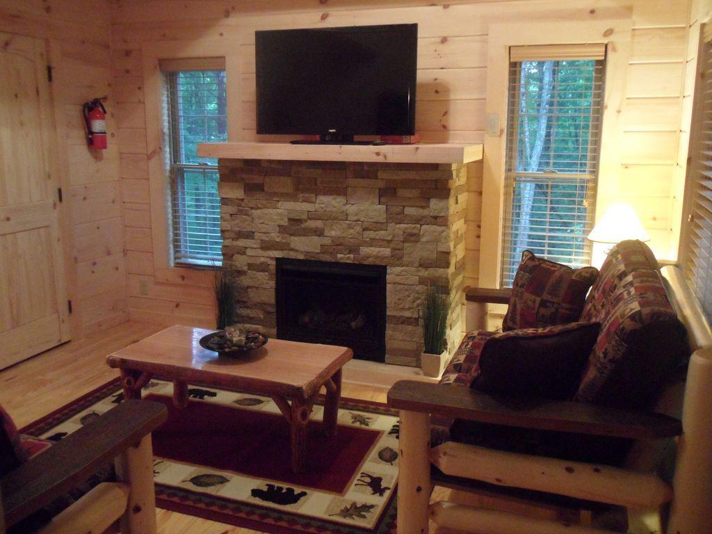 cabin 2 livingroom
