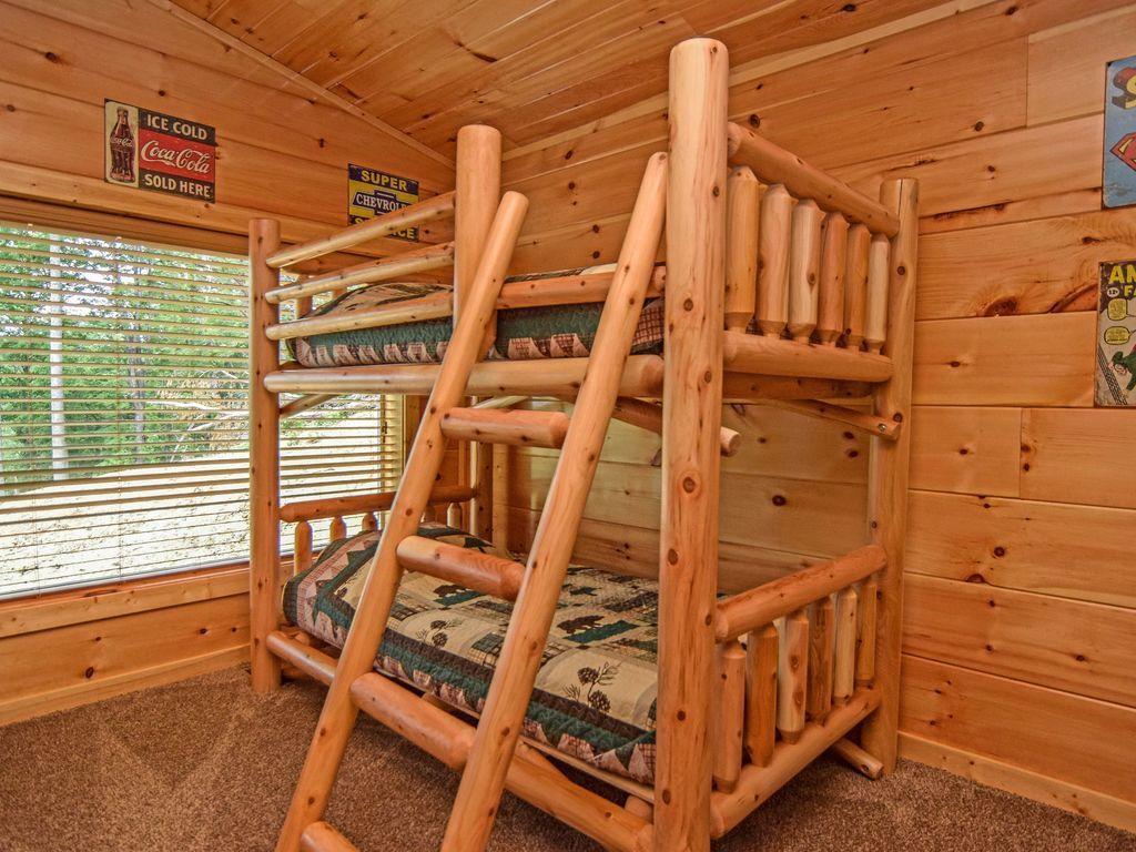 cabin 4 bunkbeds