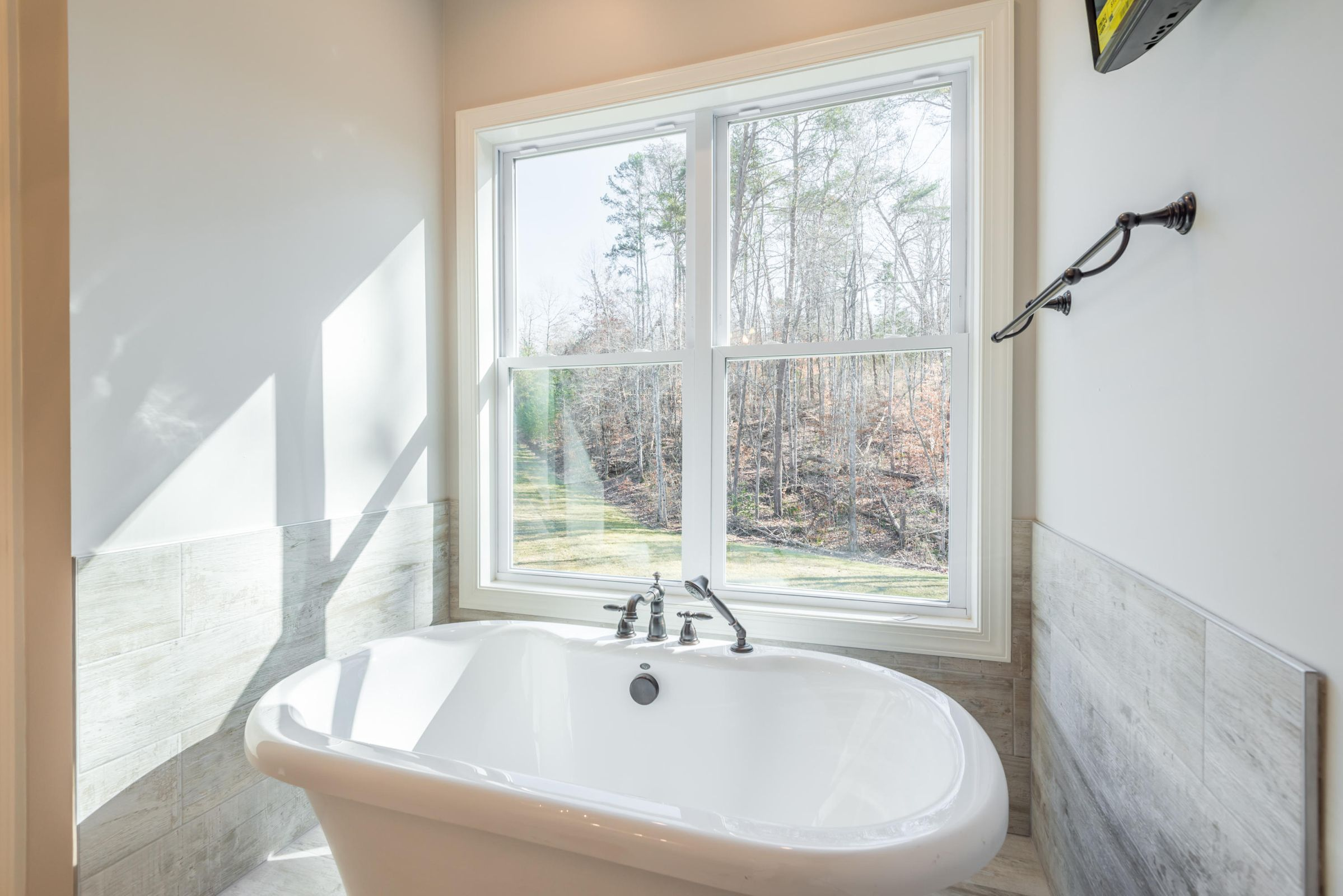 Soaker Tub in Master Bathroom