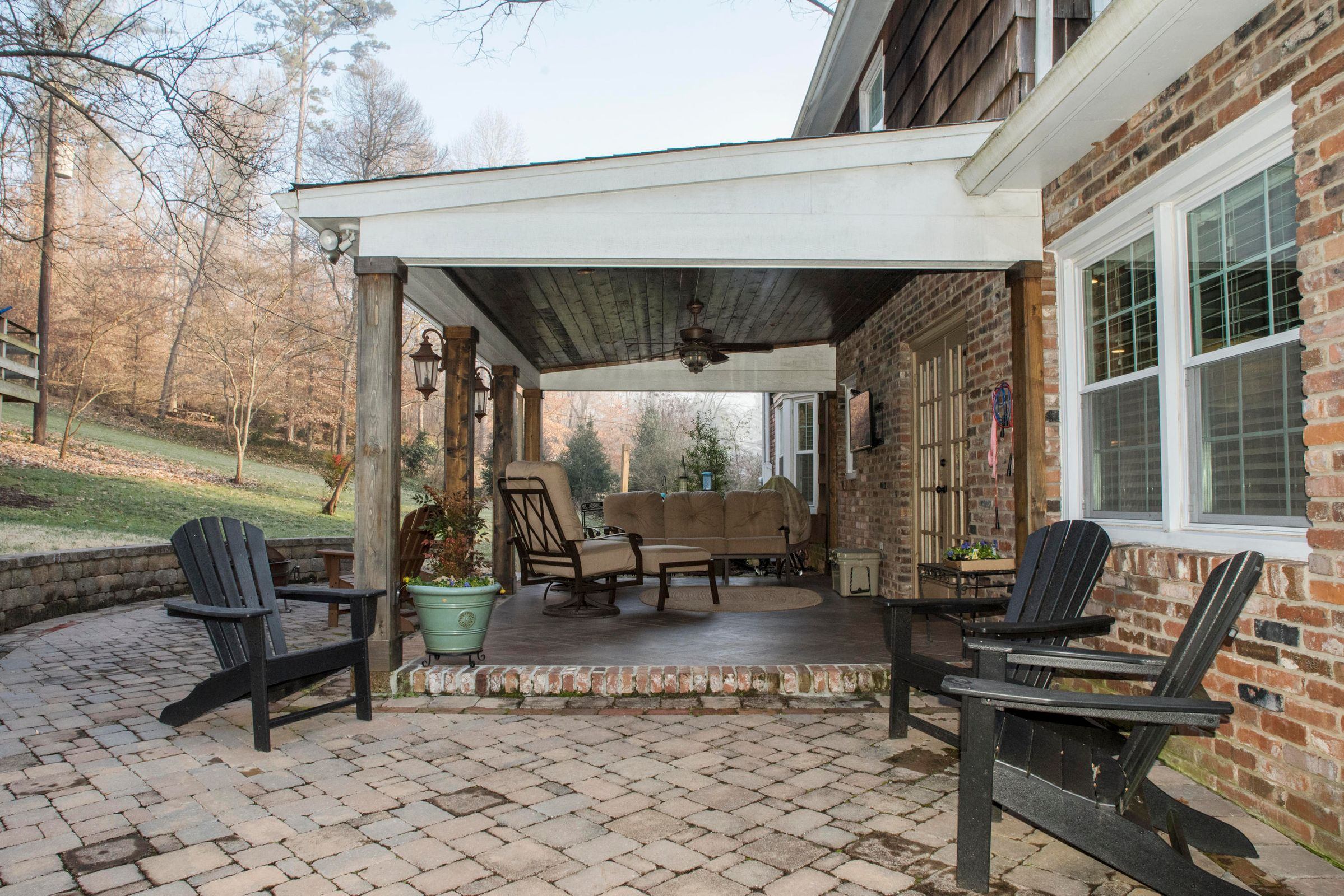 Covered Back Porch with Pavers