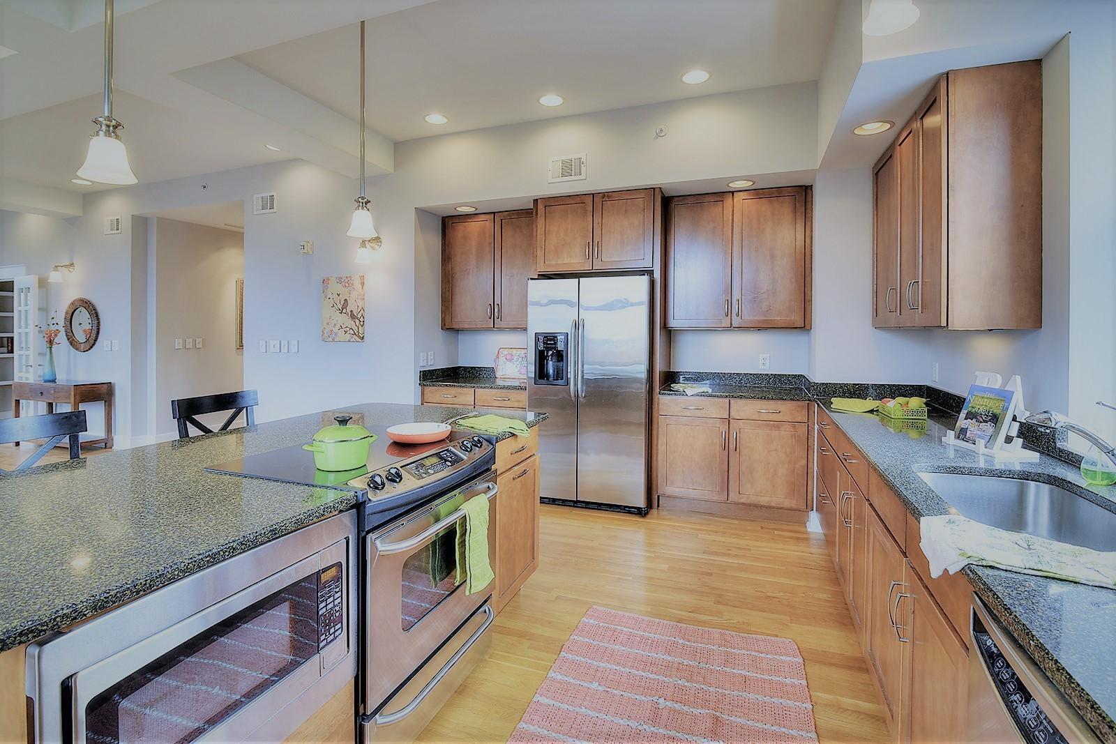 Holston 503 - 11 Kitchen workstation