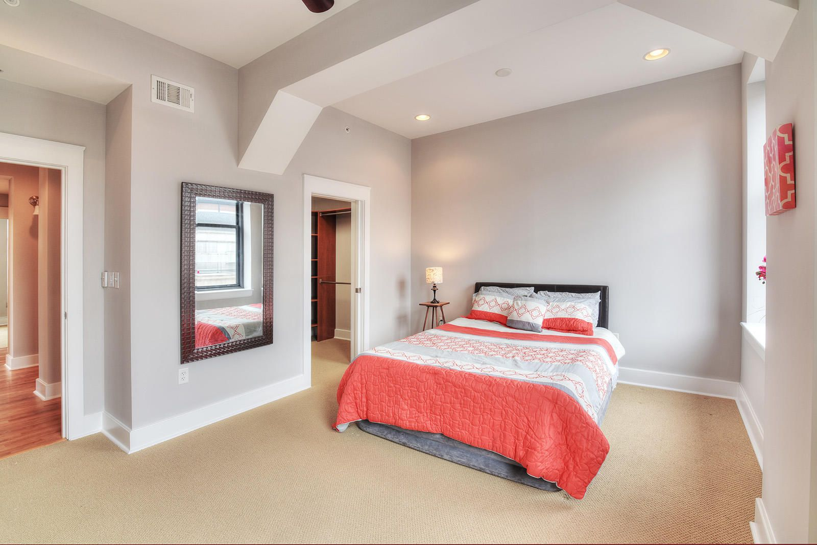 Holston 503 - 15 Master Bedroom