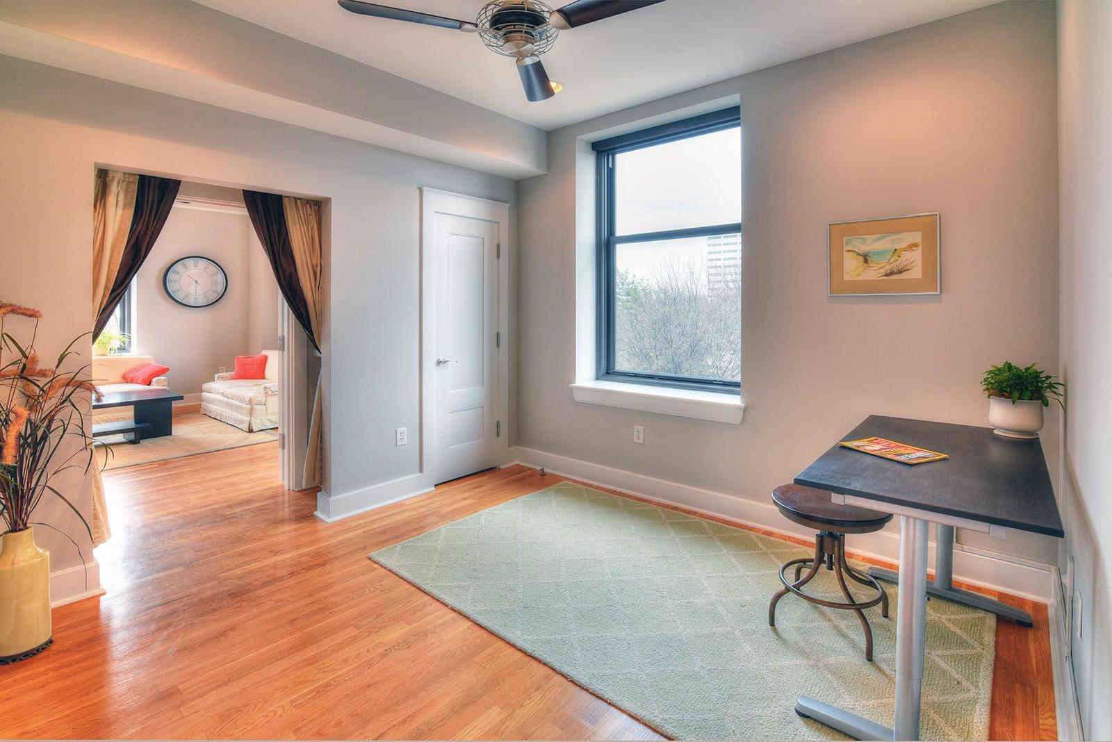 Holston 503 - 18 Bedroom 3 Office