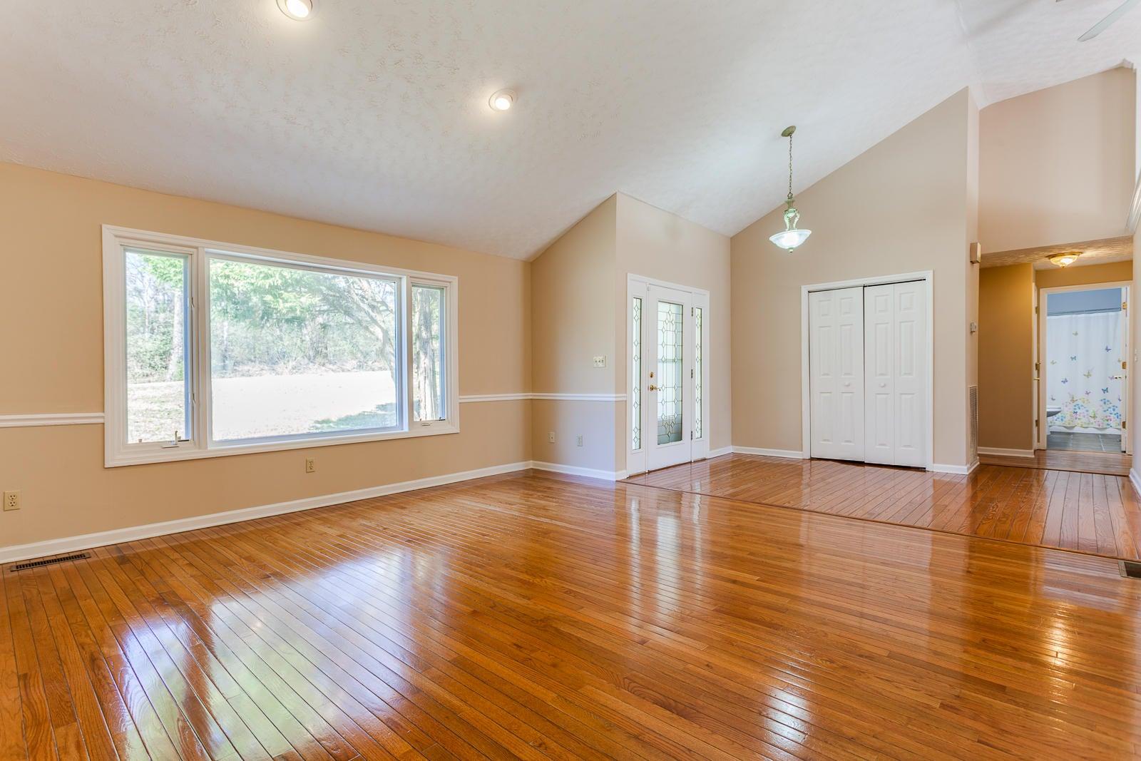 03 Living Room