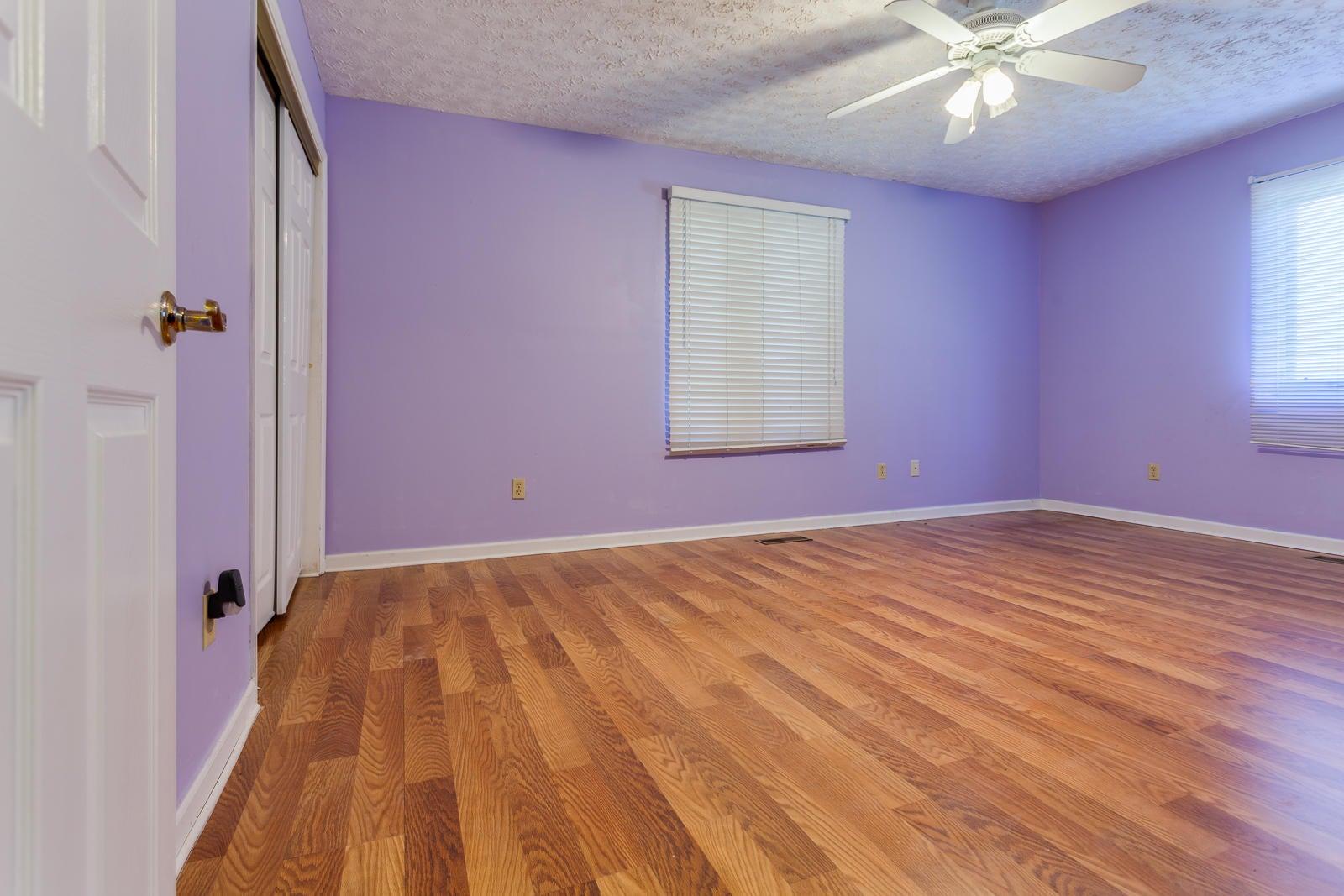 27 Bedroom 3