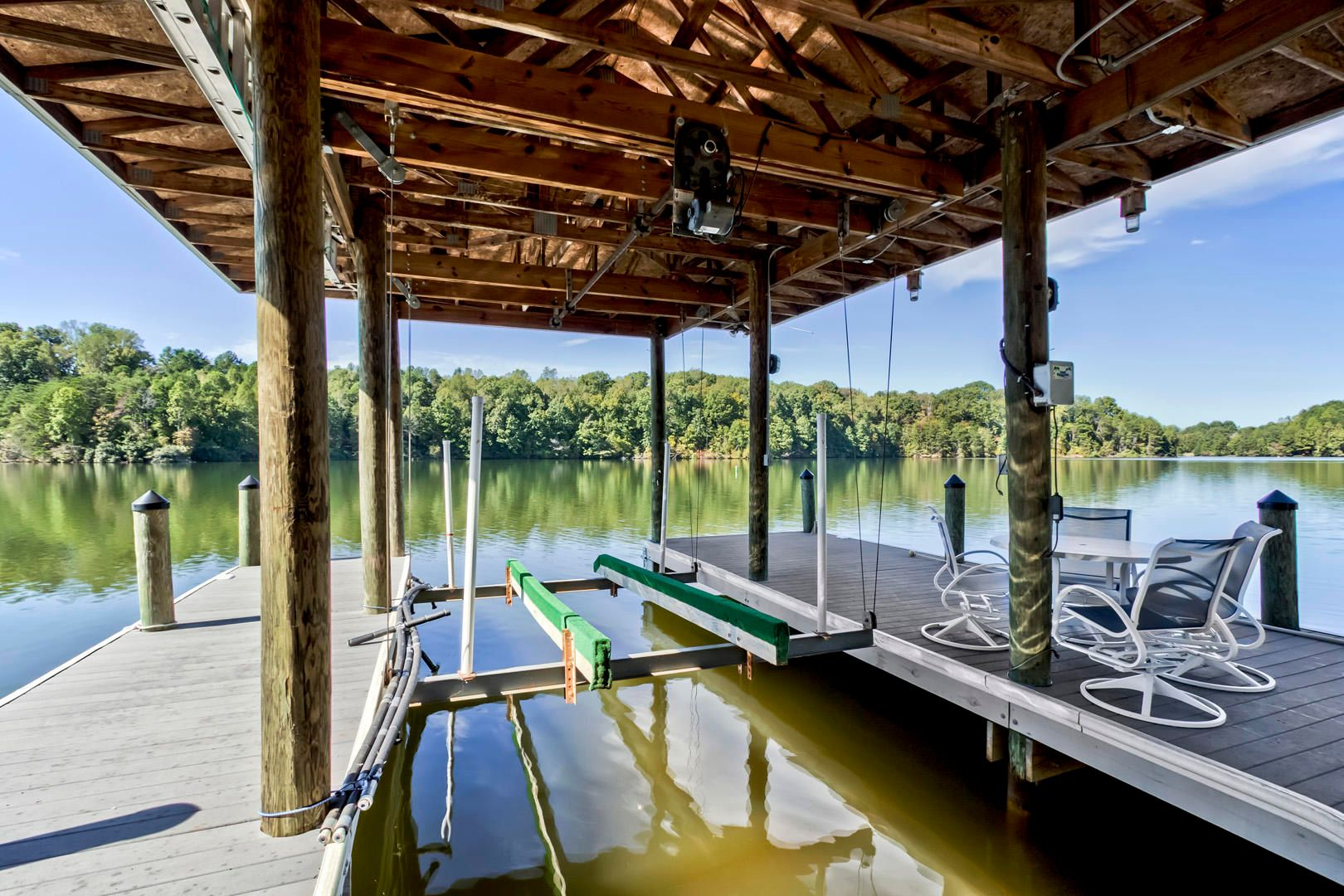 37_PineberryDrive_295_Dock01