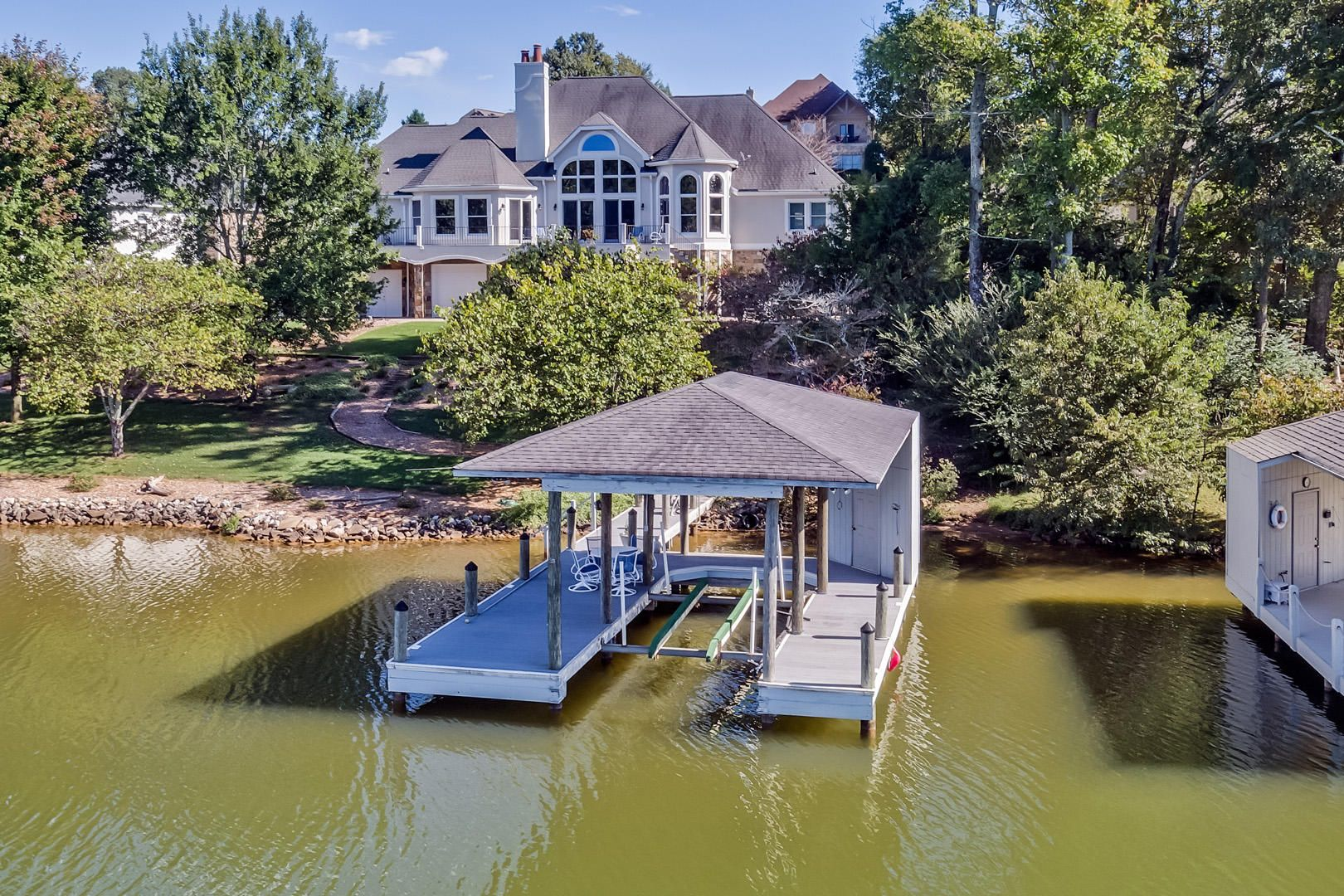 38_PineberryDrive_295_Dock02