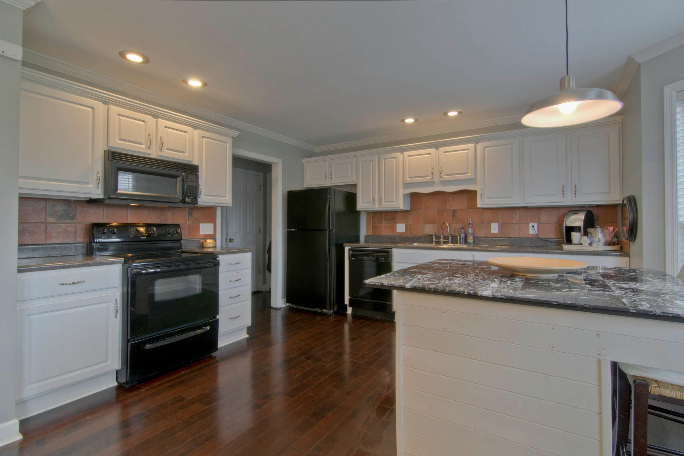 12541 Coral Reef Cir Knoxville-015-9-125