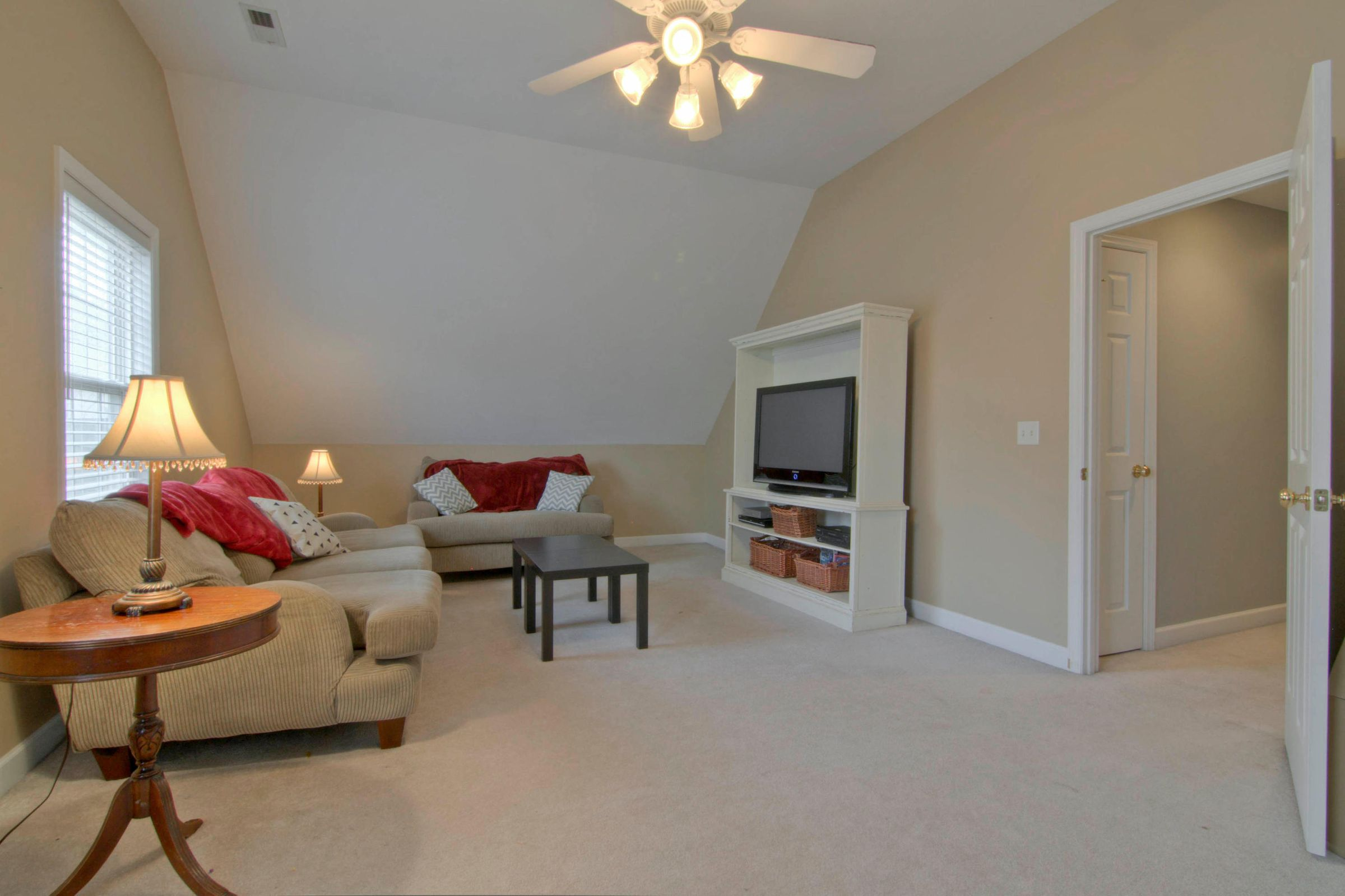 12541 Coral Reef Cir Knoxville-022-32-12