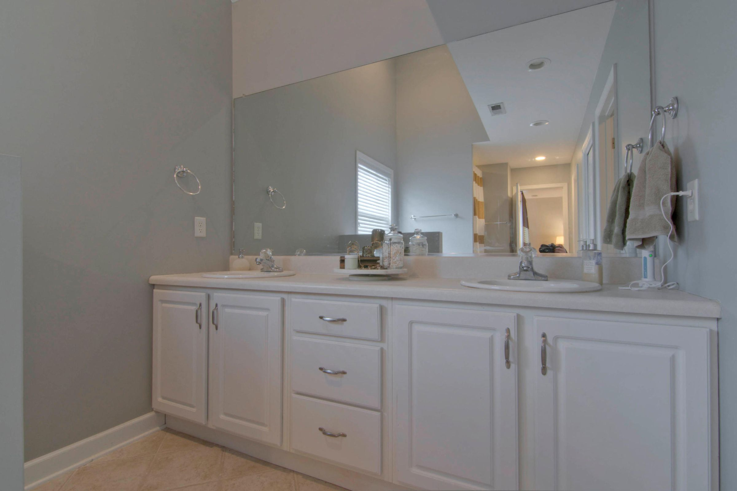 12541 Coral Reef Cir Knoxville-035-18-12