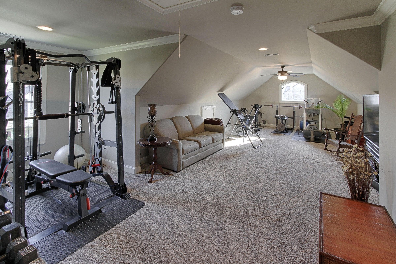 Oversized bonus room