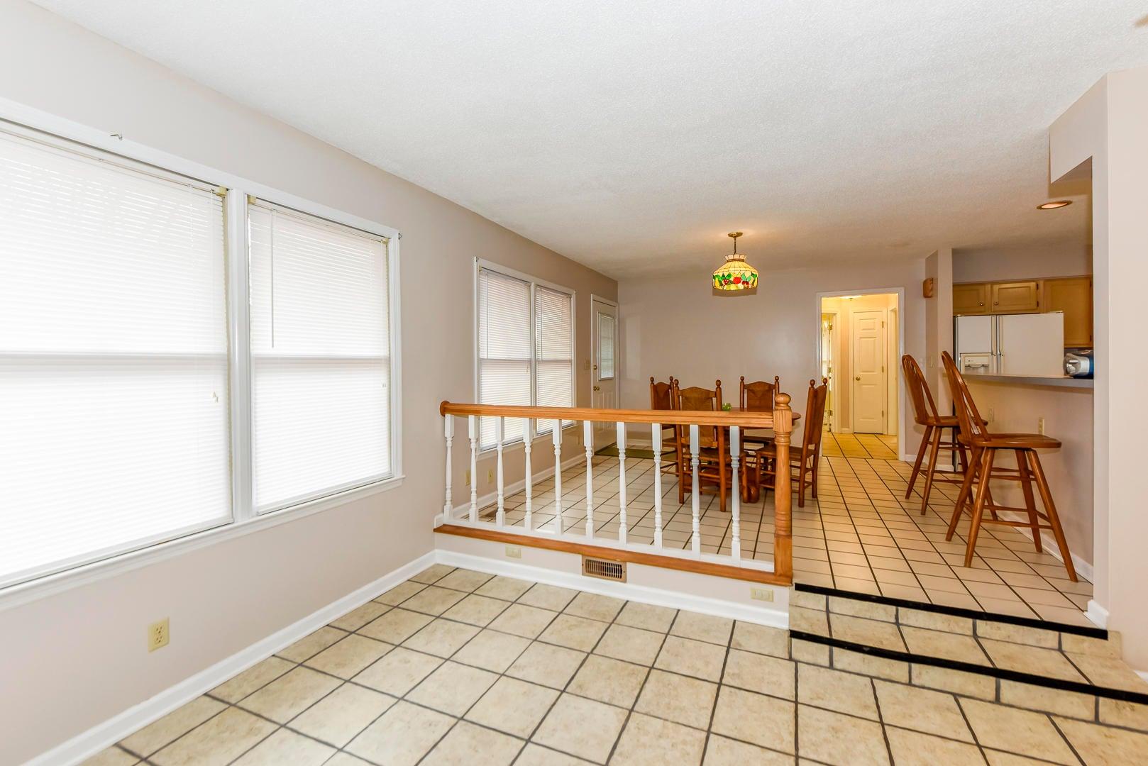 RENTAL HOUSE-DINING RM