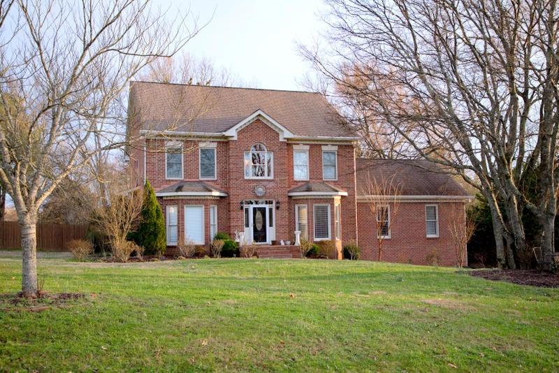2. Roberts house