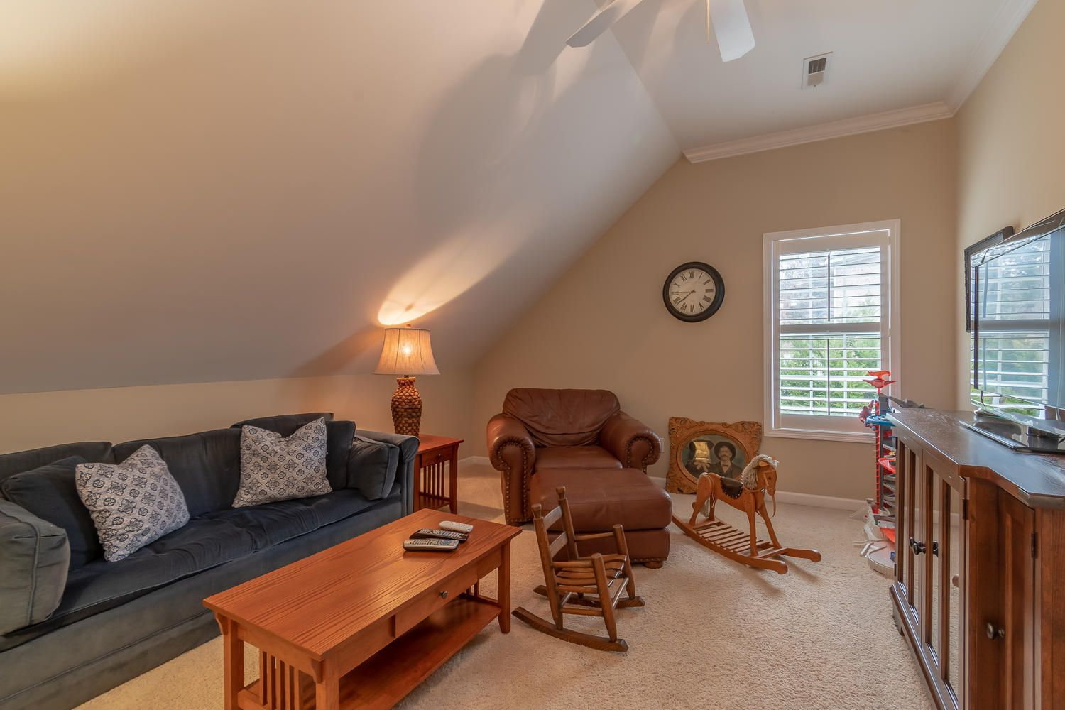 1801 Lakemont Ln Knoxville TN-large-022-