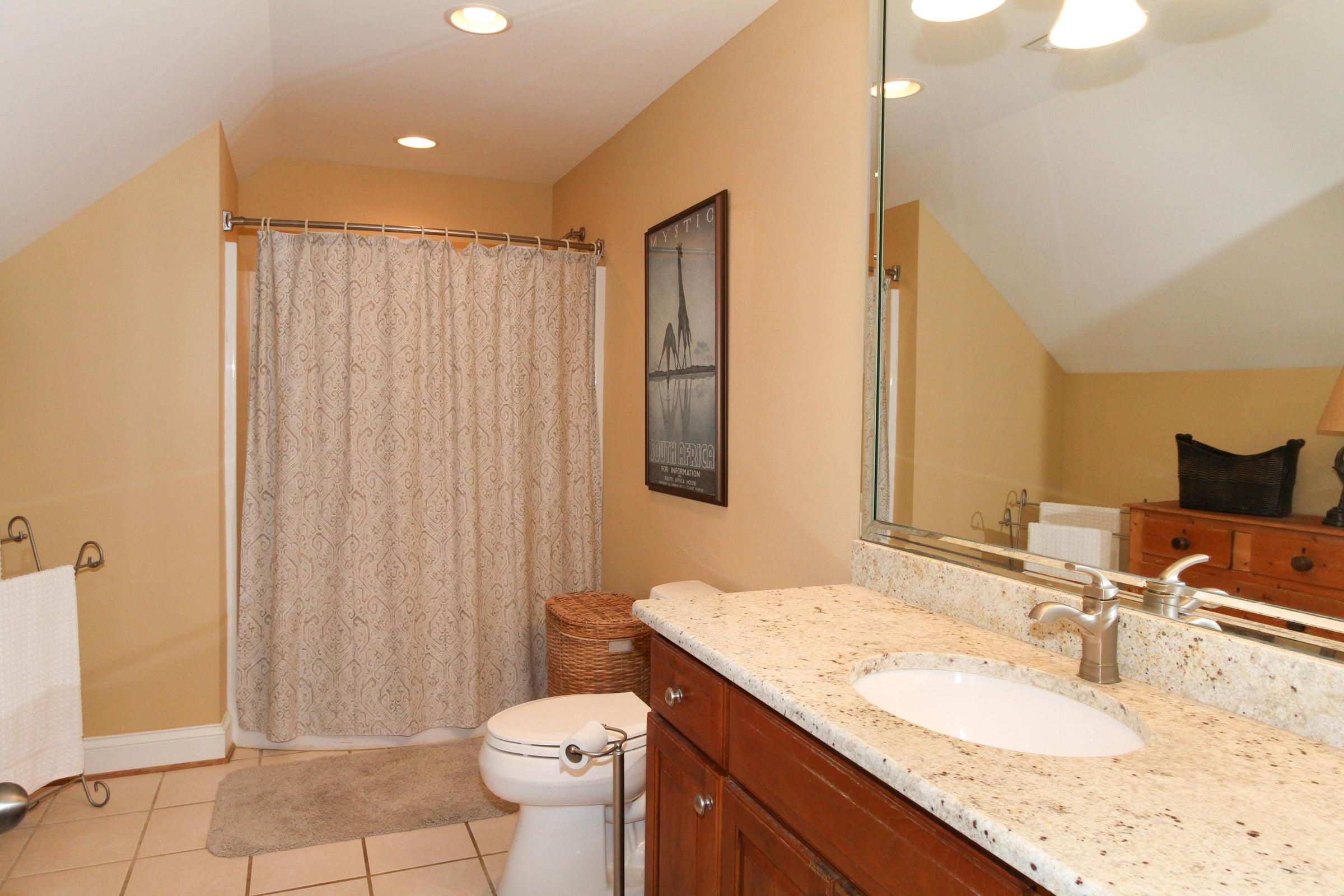 30 - Bathroom 3 upstairs