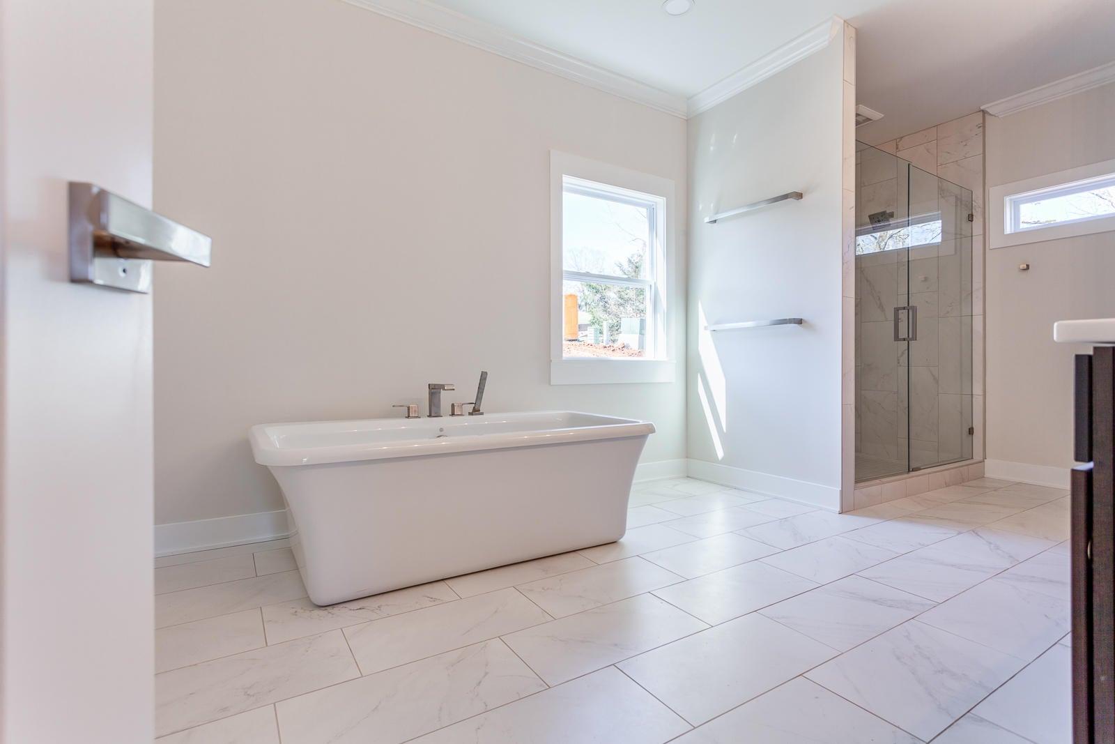 Master Bath_1230730