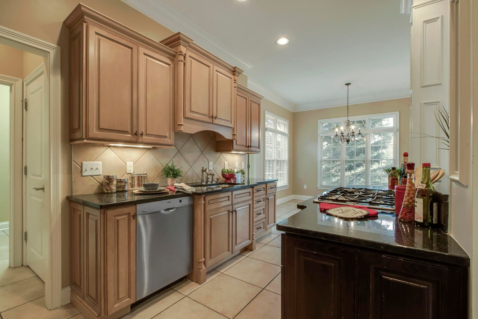 22_RedgraveRoad_1746_Kitchen05