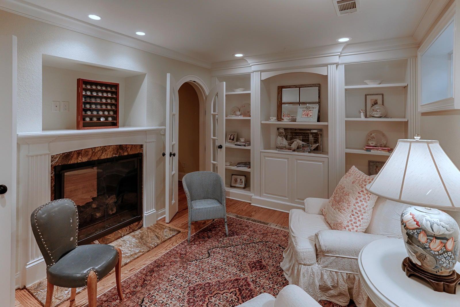 Lower Level Family Room/Bar
