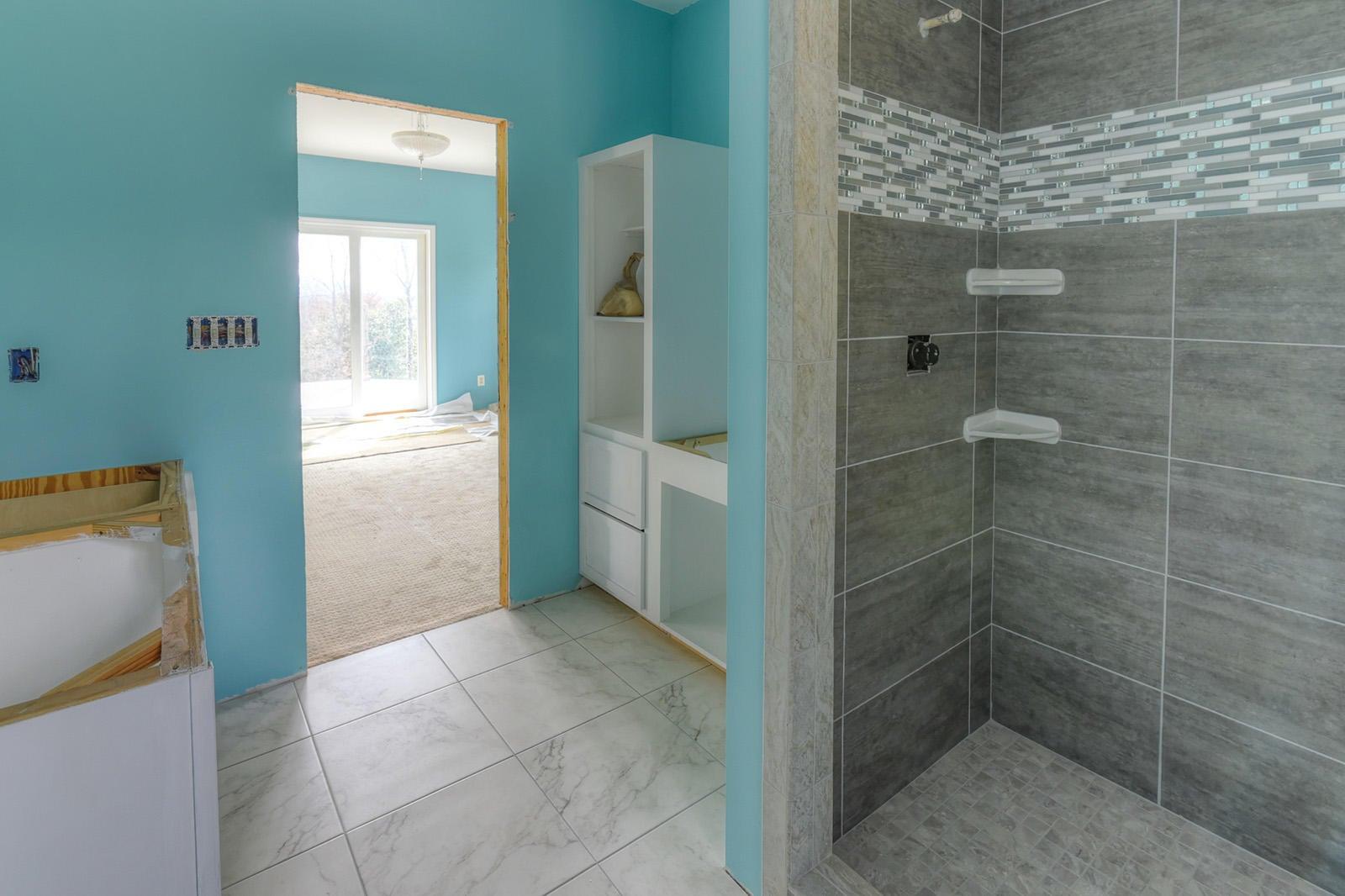 21 - Bedrm Mstr Bath