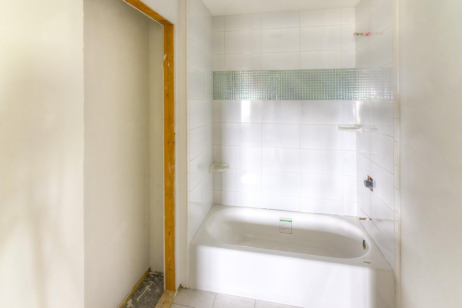 35 - Down - Bedrm4 Bath