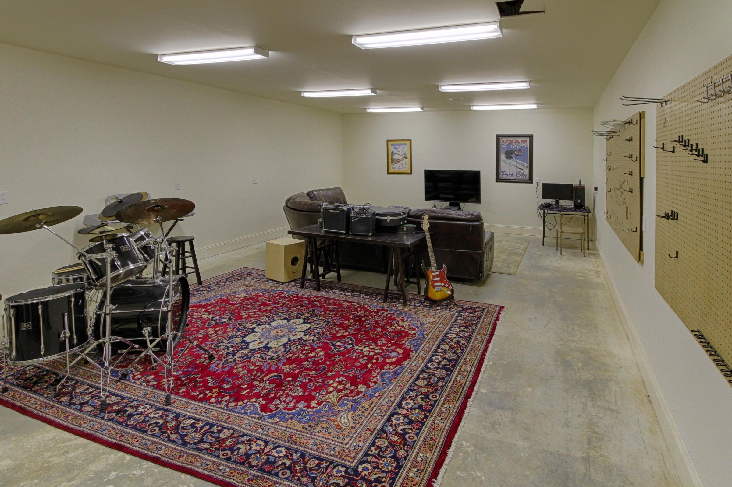 LL workshop area