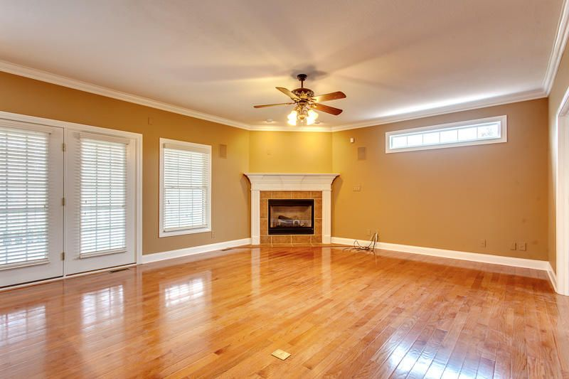 Great Room w /fireplace