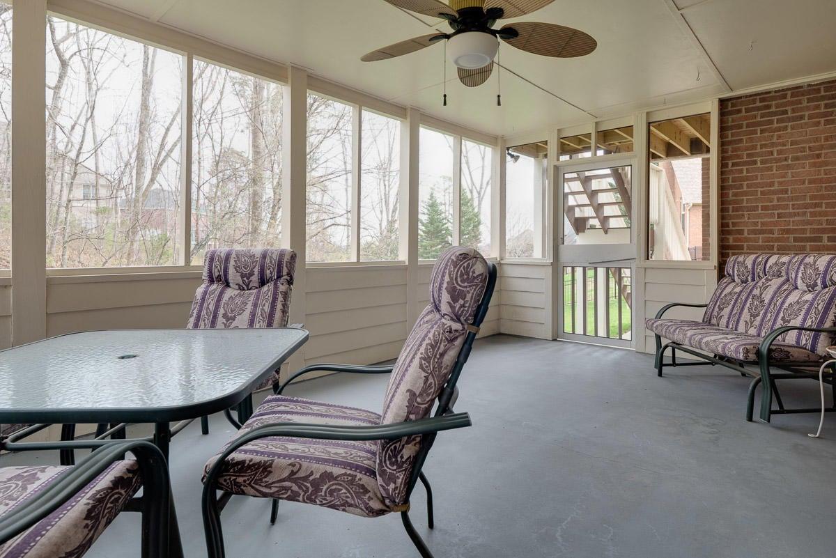 Screened in patio/porch