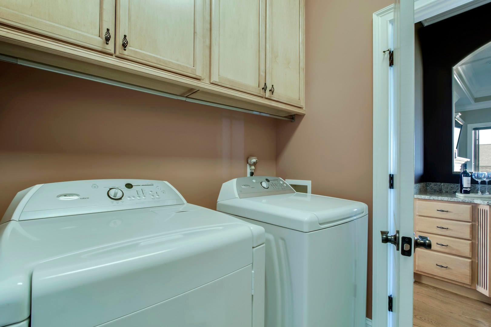 24_TopsailCourt_202_Laundry02