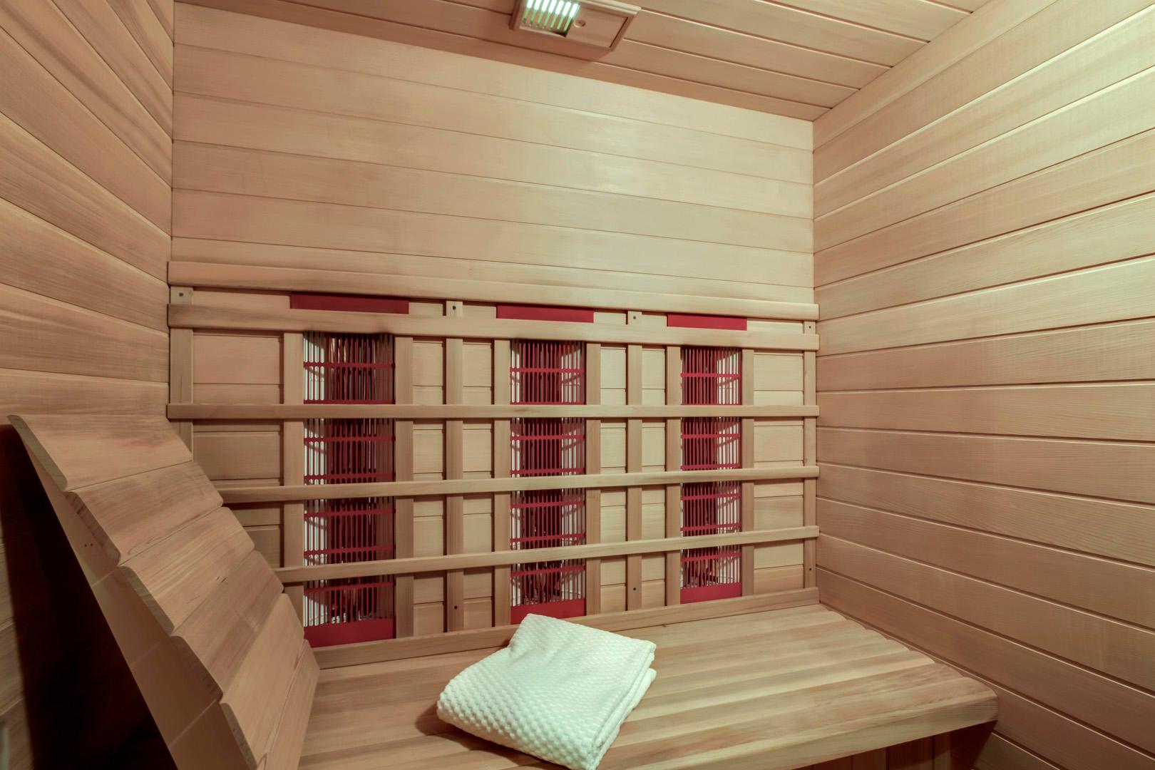 69_TopsailCourt_202_Sauna