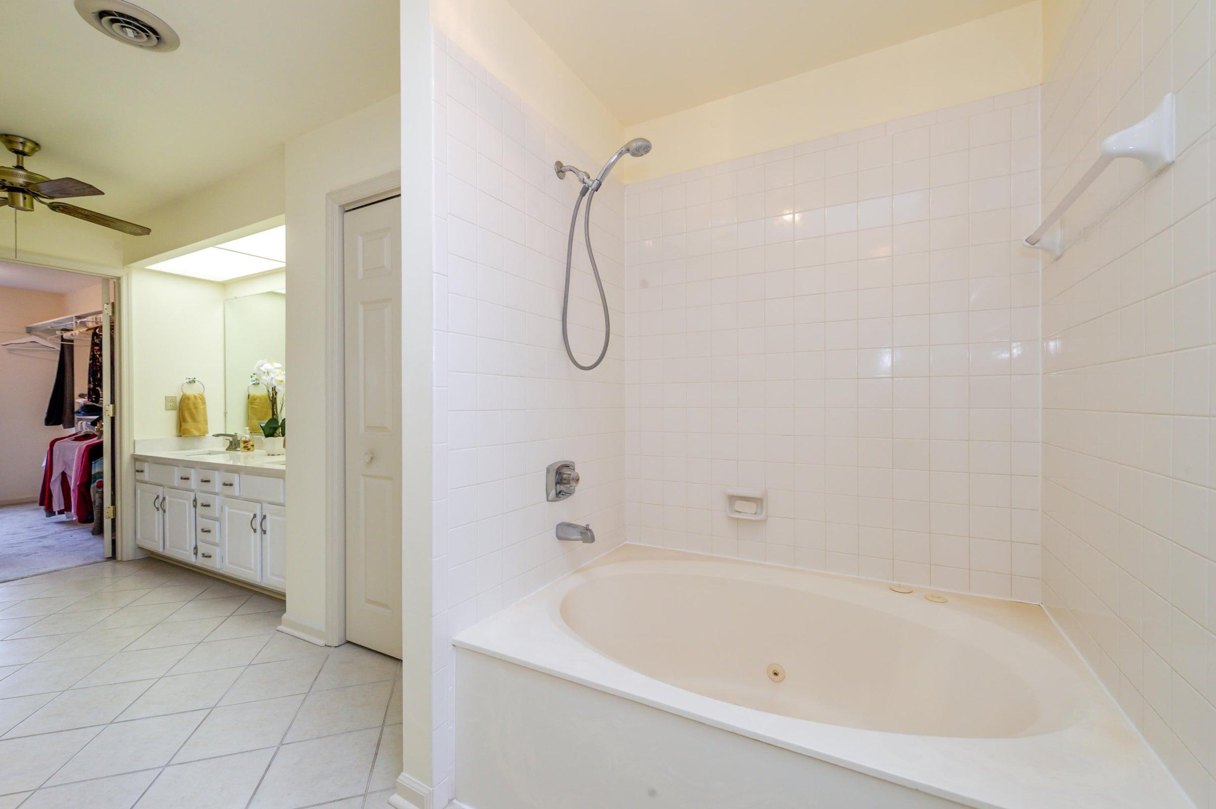 Master Bathroom with whirlpool tub