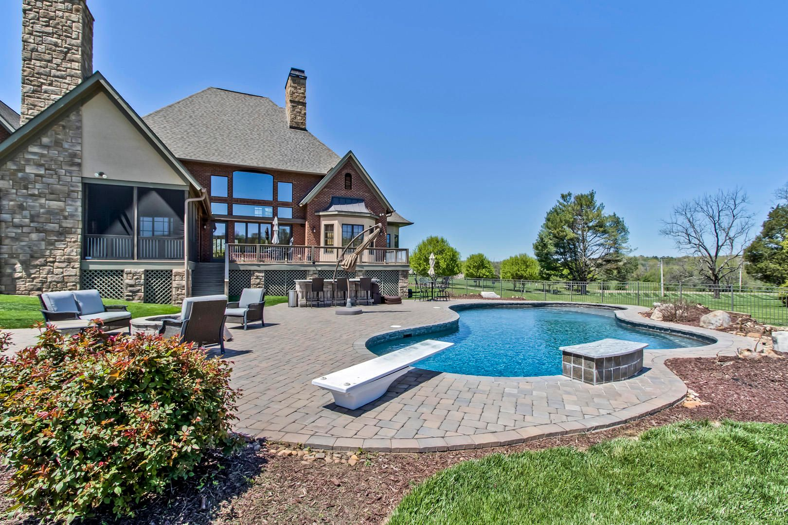 36_BridgemoreBlvd_12520_Patio-Pool02