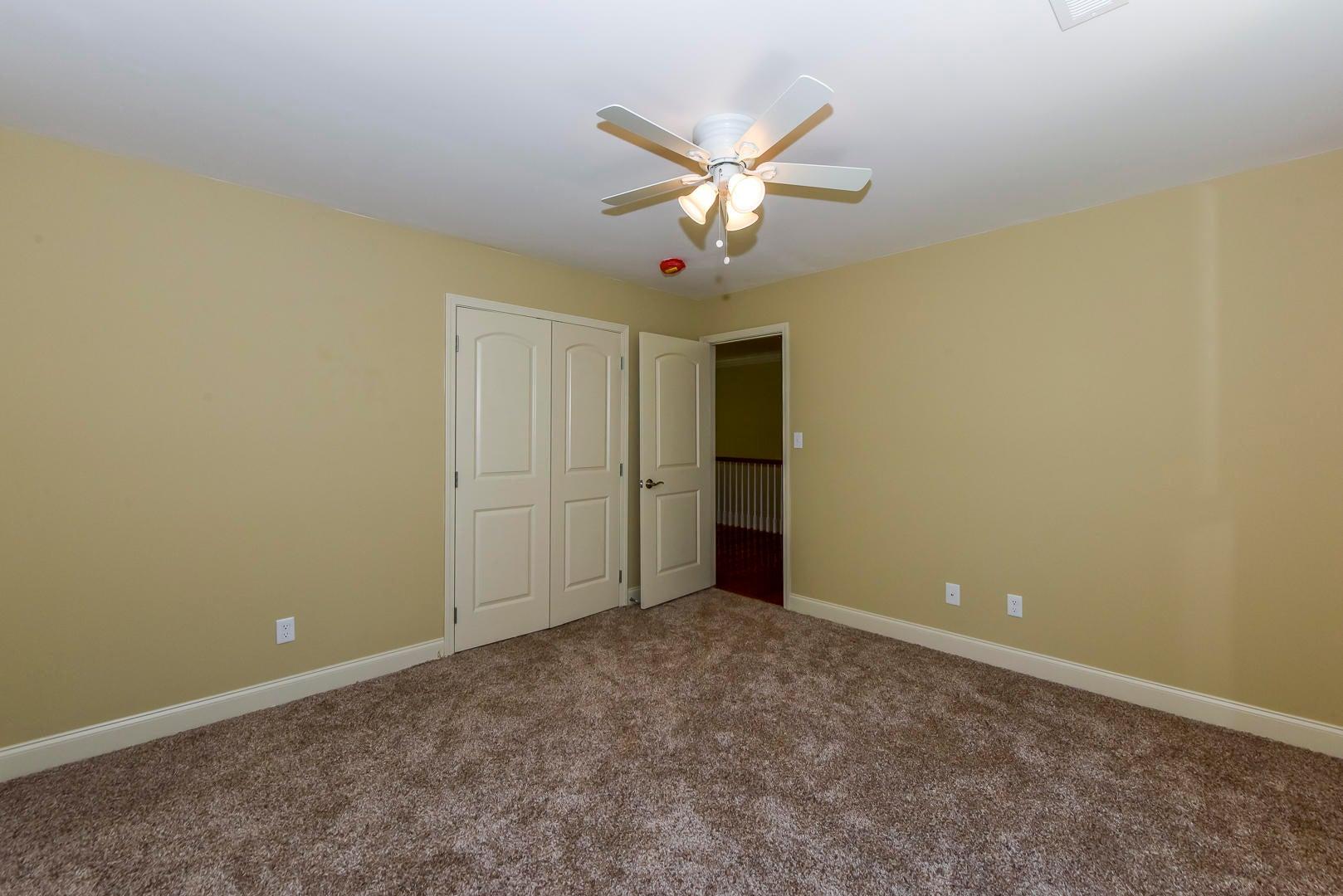 OFFICE/BEDROOM MAIN LEVEL