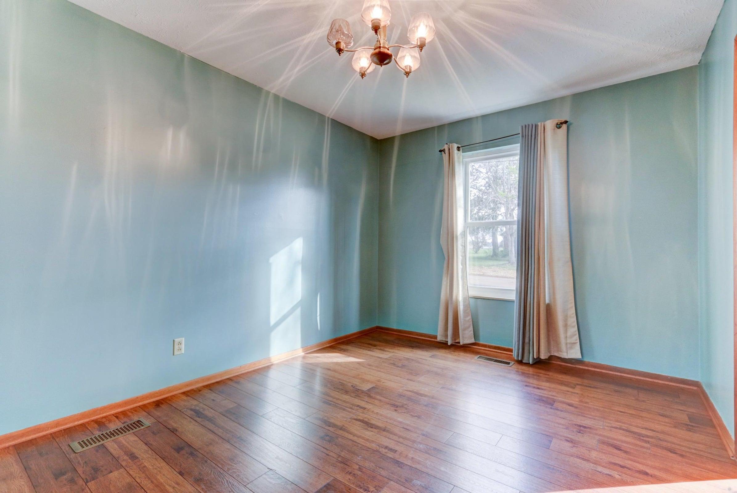301 Engert Dining Room