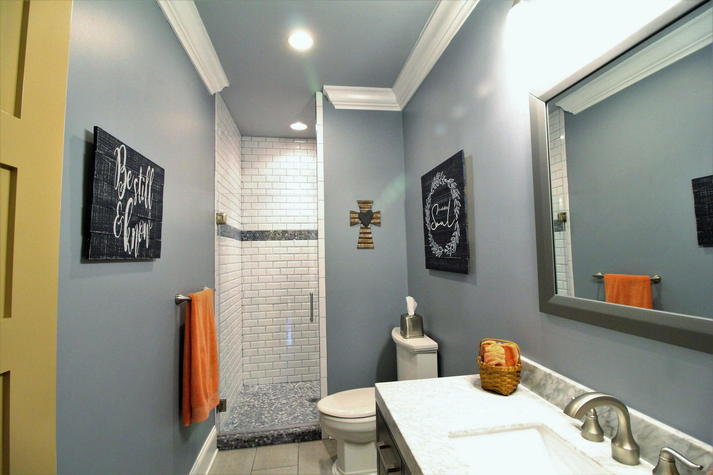 3rd Full Bathroom with walk-in shower