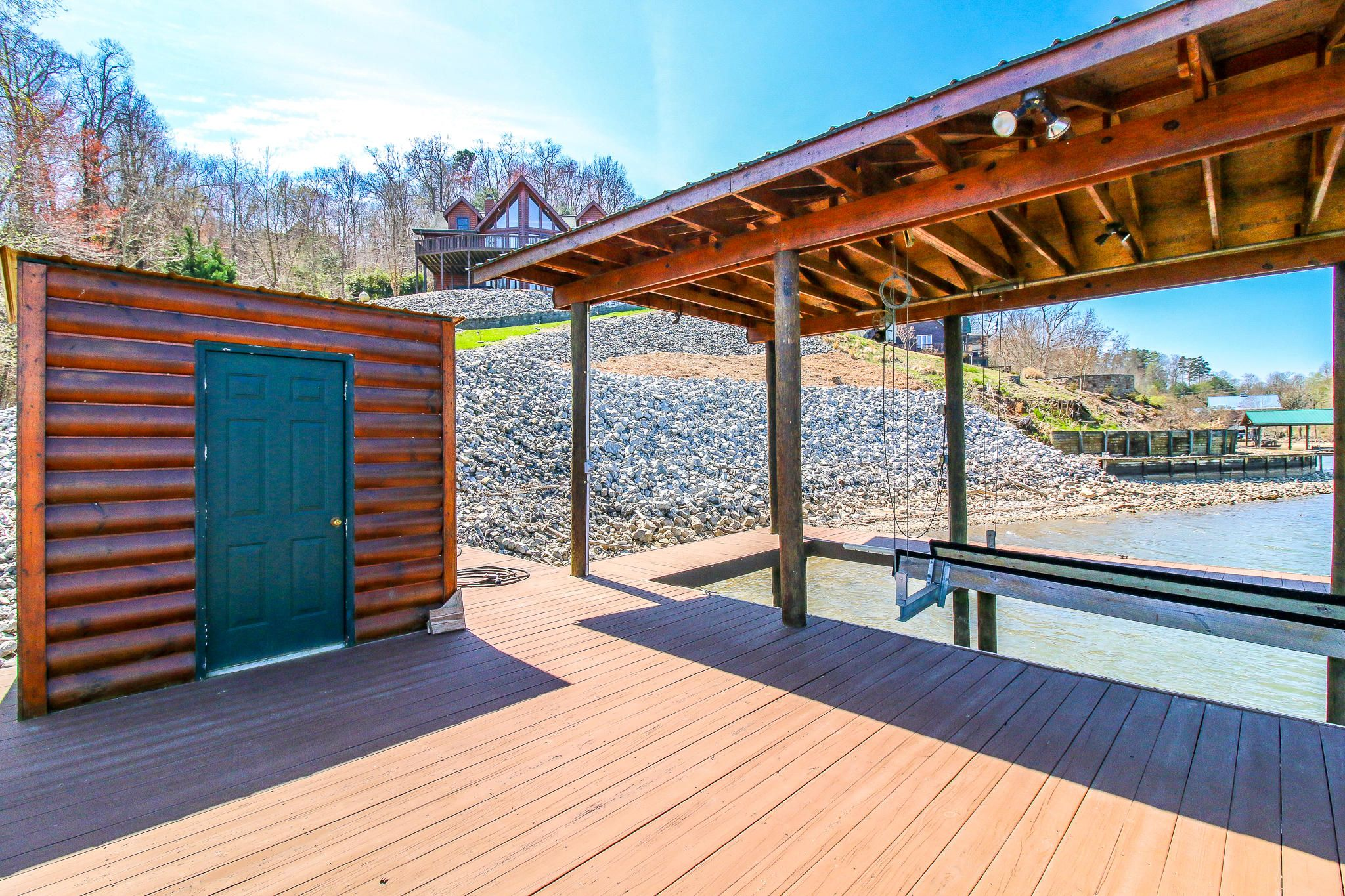 Boat dock w/storage building