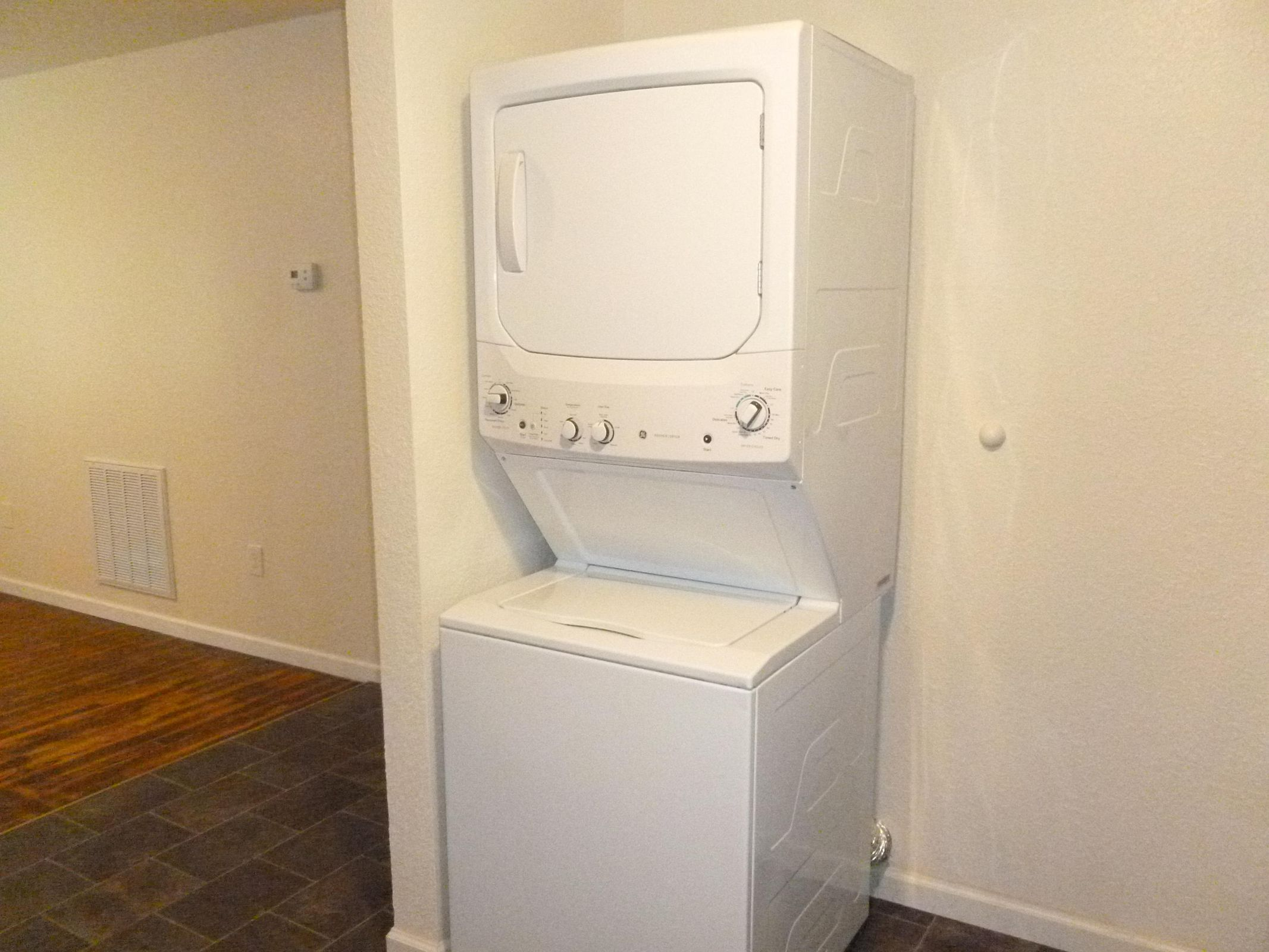 Laundry 106