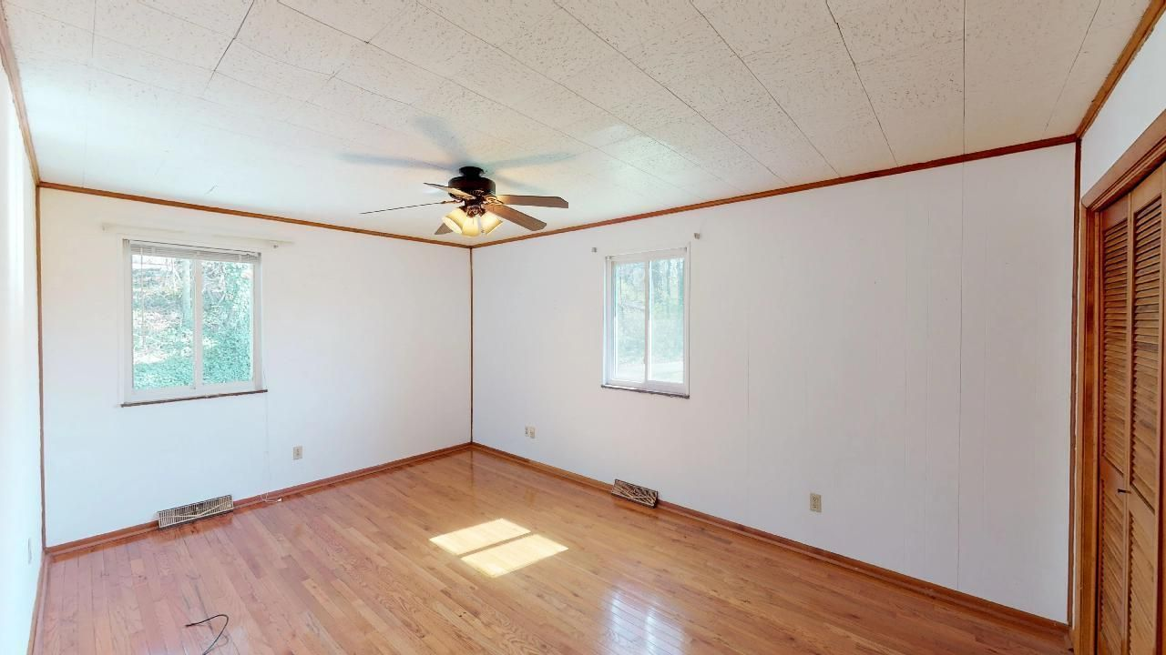 1530-E-Pearly-Smith-Rd-Bedroom-3