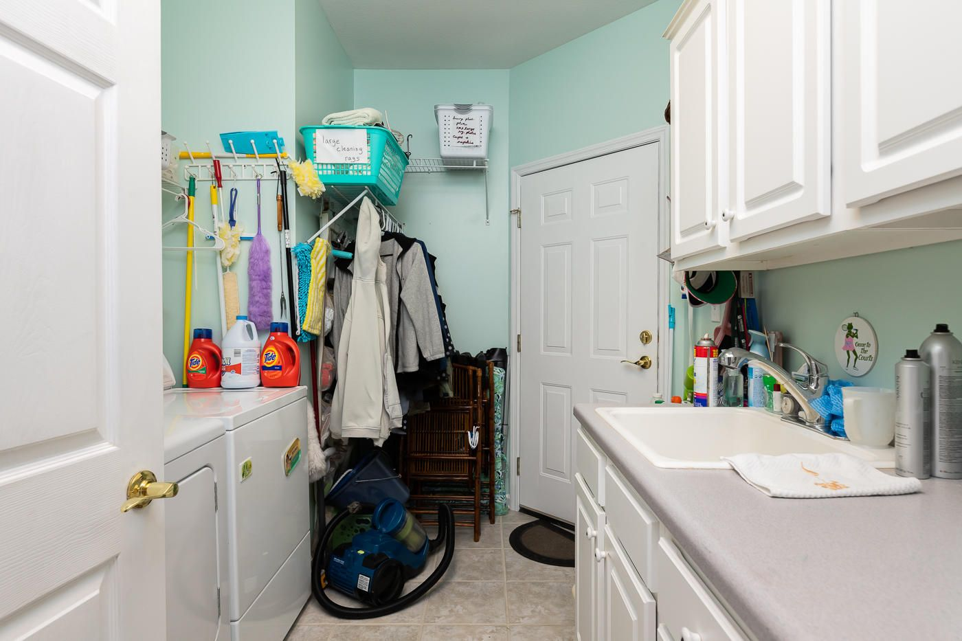 839-Rarity Bay Laundry